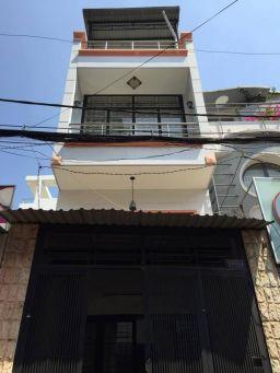 Văn phòng cho thuê nguyên căn trên đường Phạm Văn Hai